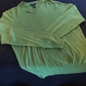 Van Heusen Sweater, Size Small